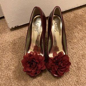Wine red Carlos Santana Heels, size 6